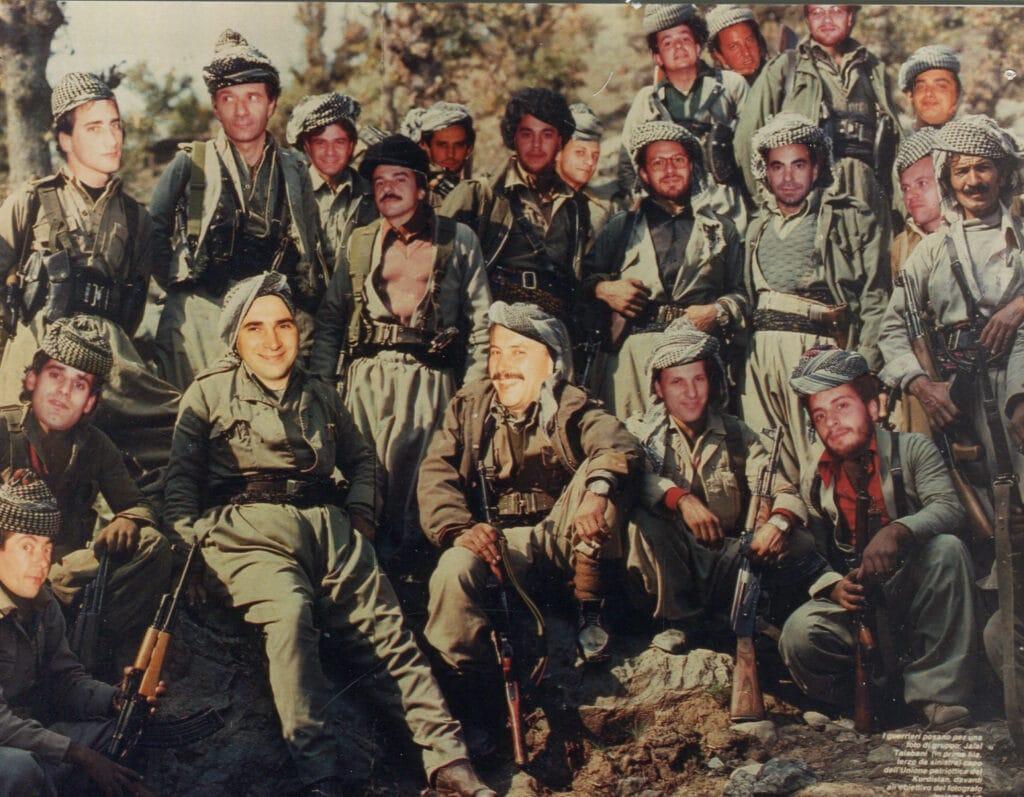 Alcuni dei soci in un fotomontaggio vestiti da Talebani dell'Afghanistan. 1987