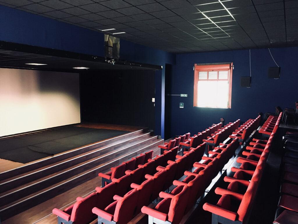 La sala cinema. 2014