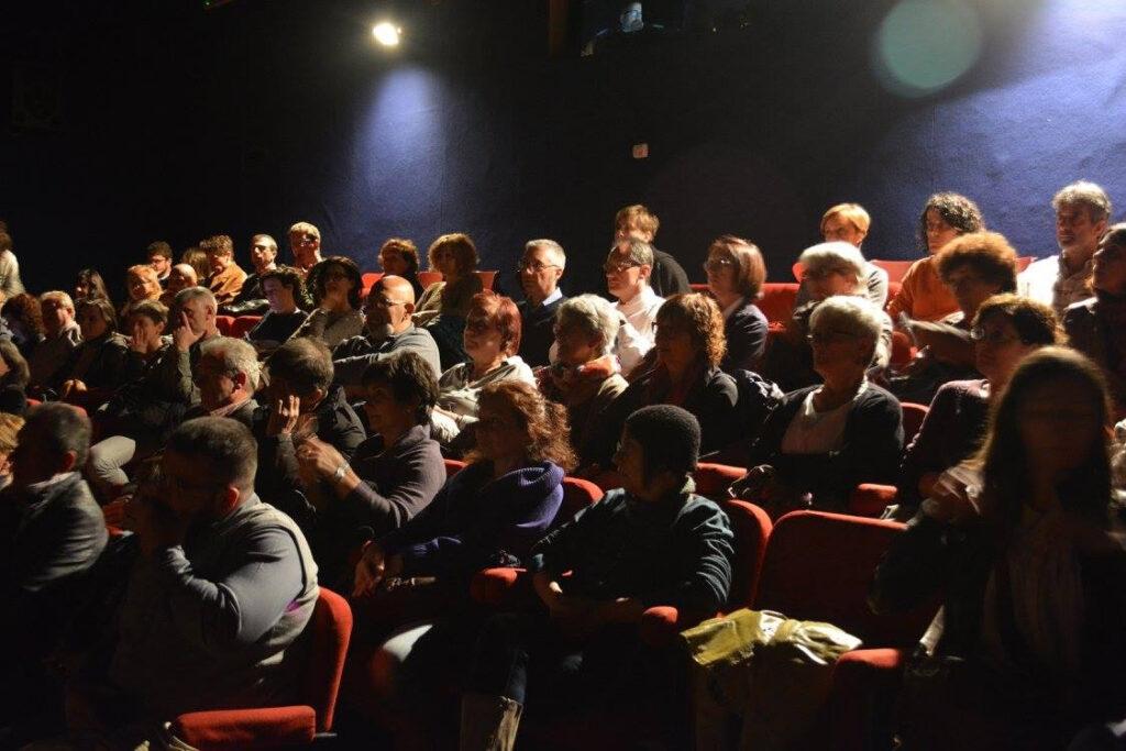 Spettatori al cinema. 2015